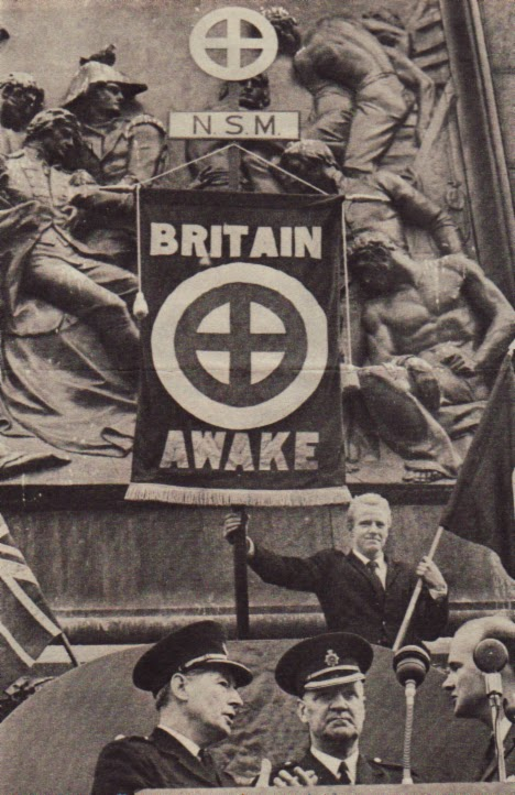 Trafalgar Square  1962 pic 1