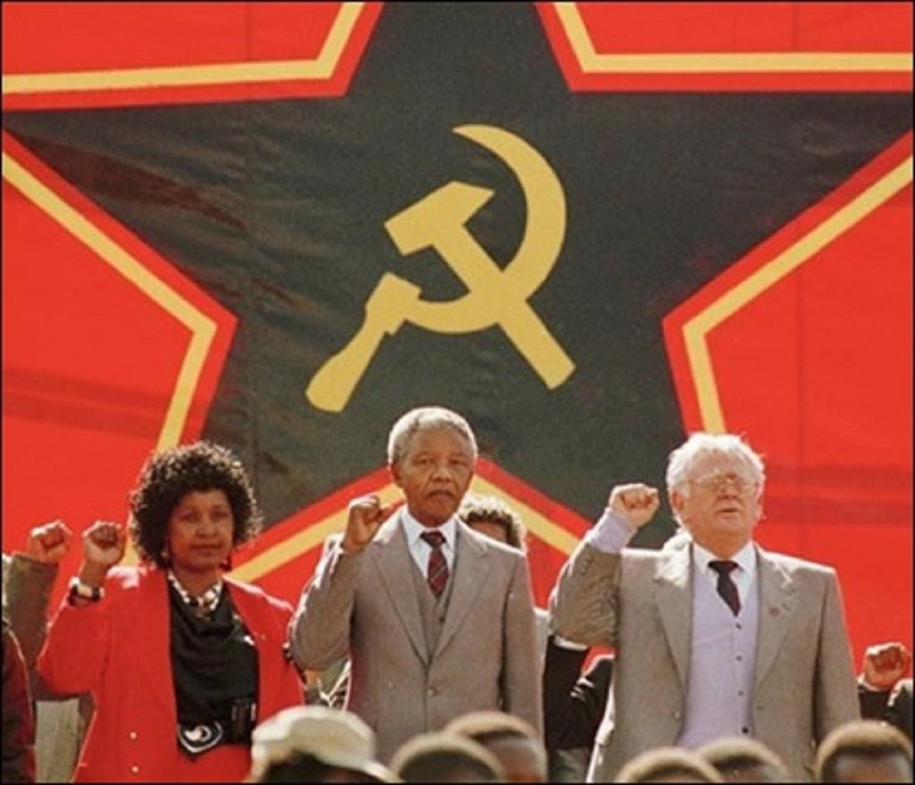 mandela_slovo_winnie_red-graeme-williams-south-photos-africa-media-online